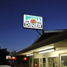 donna's diner -the population of the town of Wyoming is only 1009