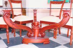 Comedor de madera para 6 puestos, vidrio triangular templado y biselado, seis sillas.  http://www.tusventasenlinea.com/tvo/product.php?id=695