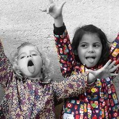 C'est bientôt la RENTREE DES CLASSES 😜 Pensez à acheter le tablier d'écolier de votre enfant ! Tous les modèles proposés sont uniques, fait main et adaptés à la maternelle de la petite à la grande section. #rentreedesclasses #tablierdecolier #lsamusekids