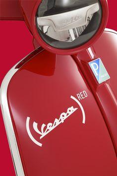 Scooters For Kids Home Info: 9329684041 Vespa Gtv, Vespa P200e, Vespa Piaggio, Scooters Vespa, Red Vespa, Motos Vespa, Lambretta Scooter, Scooter Motorcycle, Vespa Rouge