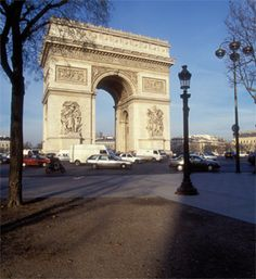 Take a small group full-day tour of Paris by minivan for a personalized Paris experience. Your tour combines fast track entry and a guided visit to the Louvre, lunch on a leisurely Seine River cruise, a visit to Notre Dame Cathedral and a tour across Tour Eiffel, Arc Triomphe, Paris City Tour, Places To Travel, Places To Go, Seine River Cruise, Romantic Paris, Louvre, Tourist Office