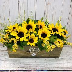 Sunflower Table Arrangements, Sunflower Centerpieces, Summer Centerpieces, Beautiful Flower Arrangements, Floral Centerpieces, Beautiful Flowers, Everyday Centerpiece, Wood Flowers, Faux Flowers