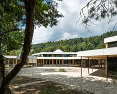 Completed in 2017 in Biel/Bienne, Switzerland. Images by Yves André. School for Curative Pedagogy HPT Biel, extension, and total refurbishment The school for curative pedagogy HPT Biel is a special school for. This Is Us, Public, Mansions, House Styles, Gallery, School, Outdoor Decor, Swiss Architecture, Home