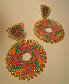 Hoop earrings peyote tutorial - Circular Peyote technique with Rocailles and Delica MiyukiPhoto Tutorial Fantasy Summer Earrings Drop earrings made entirely by hand with Delica and Miyuki seed beads Original, unique on the - Salvabrani Beaded Earrings Patterns, Seed Bead Earrings, Pendant Earrings, Beading Patterns, Beaded Jewelry, Crochet Earrings, Drop Earrings, Seed Beads, Bead Jewelry