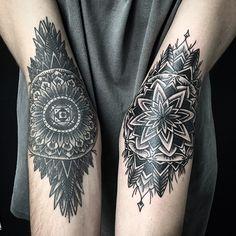 Blackwork no Brasil - Trabalho do tatuador contemporâneo André Cast;