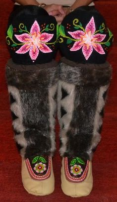 Inuit made women's beaded/embroidered sealskin kamiks by Tanya Innaarulik These are GORGEOUS! Arte Inuit, Inuit Art, Native Beadwork, Native American Beadwork, Alaska, Native Wears, Beaded Moccasins, Native Design, Nativity Crafts