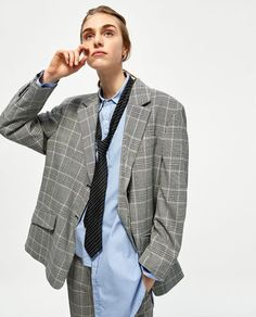 Image 2 of OVERSIZED CHECKED JACKET from Zara