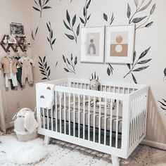 Baby Room Design, Baby Room Decor, Baby Girl Nursery Themes, Baby Boy Nursery Themes, Design Girl, Nursery Twins, Nursery Ideas For Boys, Nursery Room Ideas, Green Nursery Girl