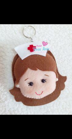 Felt Dolls, Baby Dolls, Felt Crafts, Diy And Crafts, Nurses Day, Felt Decorations, Felt Applique, Pasta Flexible, Star Patterns