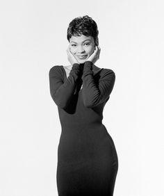 Nia Long emulation of Audrey Hepburn Hot Black Women, Black Girls Rock, Beautiful Black Women, Black Girl Magic, Beautiful People, Ed Sheeran, Natural Hair Styles, Short Hair Styles, Nia Long