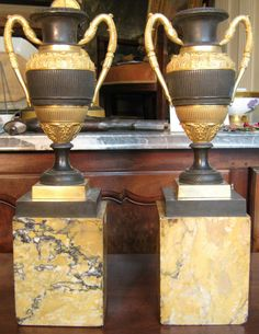 Pair Of Vases Antique Bronze 1820., Rome Antiquités, Proantic