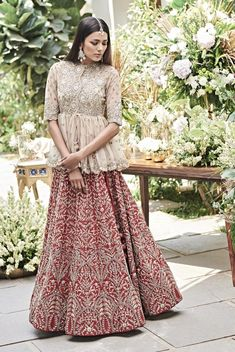 Then you are going to love the latest Jayanti Reddy Summer Lehengas. Beautiful scallop dupatta, fit & flare lehenga skirt + more. Indian Bridal Outfits, Indian Bridal Wear, Indian Designer Outfits, Designer Dresses, Indian Wear, Red Indian, Indian Attire, Designer Wear, Lehenga Skirt