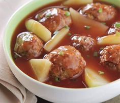 Meat Balls with Sweet Tomato Sauce Description: Pork meat balls with tomato sauce and chayote. Ingredients Meatballs:  150g ground pork (80/20 Fat) 2 cups banana blossom, trimmed and chopped 1 pc large egg  2 tbsp chopped red onion 2 tbsp all purpose flour  2 cups vegetable oil  Sauce:  2 tbsp vegetable oil 1 tsp minced garlic