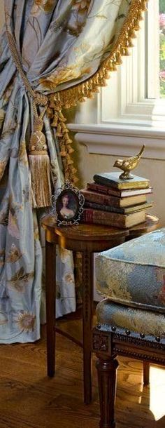 ⚜⚜ The French Room