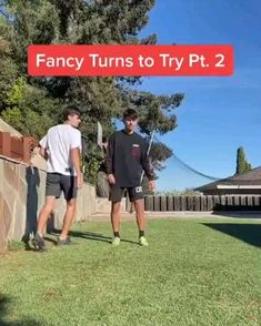 Soccer Footwork Drills, Soccer Practice Drills, Football Training Drills, Football Workouts, Best Football Skills, Football Tricks, Soccer Jokes, Soccer Tips, Football Techniques