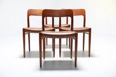 Teak Chairs by Niels O Moller - Mid-Century Furniture Scandinavian Furniture, Mid Century Furniture, Mid Century Design, Fine Dining, Teak, Bar Stools, Mid-century Modern, Dining Chairs, Architecture
