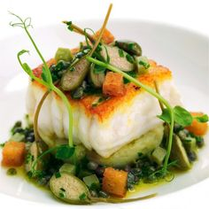Nadire Atas on Foodie Journey Pan-roast fillets of Dover sole with crab-crushed Jersey Royals and sauce grenoble Sole Fillet Recipes, Sole Recipes, Fish Recipes, Seafood Recipes, Cooking Recipes, Dover Sole, Great British Chefs, Crab Meat, Fish Dishes