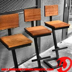 Welded Furniture, Industrial Design Furniture, Furniture Design, Metal Stool, Wood Stool, Welding Table Diy, Stools With Backs, Chaise Bar, Table Design