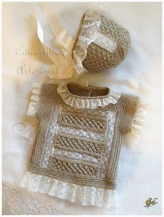 CANASTILLA ARTESANAL Knitting For Kids, Baby Knitting Patterns, Baby Patterns, Crochet Patterns, Baby Barn, Baby Princess, Baby Socks, Baby Boutique, Baby Accessories