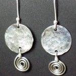 100 FREE Jewelry Tutorials-pin now read later, looks like there could be a lot of neat stuff.
