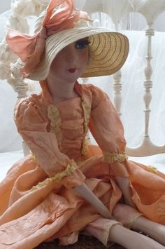 ANTIQUE FRENCH BOUDOIR DOLL.PARIS .C 1920. FASHION DOLL.HAT LACE.