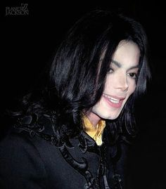 Image about so cute in Michael Jackson by TinaxMJackson Photos Of Michael Jackson, Michael Jackson Smile, Gary Indiana, King Of My Heart, Davy Jones, King Of Music, Most Beautiful, Beautiful Smile, Singer