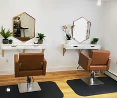 The Avant Styling Chairs in camel are looking so very sleek and stunning at Blush Salon and Color Bar in Nantucket, MA! Home Beauty Salon, Home Hair Salons, Hair Salon Interior, Beauty Salon Decor, Salon Interior Design, Beauty Room, In Home Salon, Beauty Salons, Beauty Studio