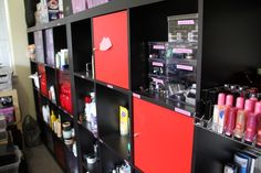 Do you hoard beauty products? *hangs head in shame* yep.. but Not as excessively as ThePlasticDiaries blogger! Check out her hoarding/organization post.  #beauty #makeup #blog    i love this idea!
