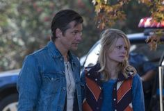 Joelle Carter and Timothy Olyphant in Justified: la ley de Raylan: Blind Spot (2010)