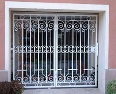 Steel Grill Design, Metal Grill, Grill Door Design, Iron Window Grill, Window Grill Design Modern, Window Design, Laurent Gbagbo, West Facing House, Iron Garden Gates