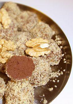 Himmlische Süßigkeiten: Tonkabohne Trüffel in Walnüsse