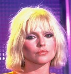Debbie Harry Debbie Harry Hair, Debbie Harry Style, Blondie Debbie Harry, First Rapper, Women In Music, Rock And Roll, Cool Hairstyles, Hair Cuts, Hair Beauty