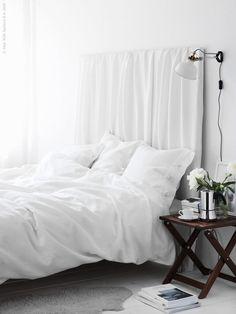 An easy summer bedroom DIY – Inattendu Ikea Bedroom, Home Bedroom, Bedroom Decor, Bedroom Apartment, Apartment Therapy, Stylish Bedroom, Modern Bedroom, Summer Bedroom, Lineup