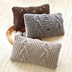 love these pillows...I make them from old wool sweaters found at GW ;)