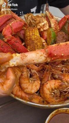Lobster Recipes, Crab Recipes, Snacks Recipes, Seafood Salad, Seafood Pasta, Crab Boil Seasoning Recipe, Good Food, Yummy Food, Man Food