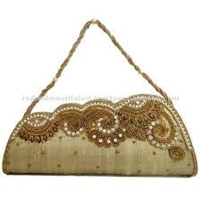 indian bridal bags Wedding Clutch, Wedding Bags, Potli Bags, Sewing Leather, Knit Or Crochet, Indian Bridal, Leather Handbags, Needlework, Beige