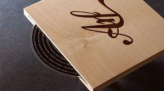 cd cover en madera
