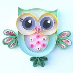 Cutie Hootie and Lovely Owlivia are thinking that she is the best teacher. And she is thinking that she has a natural beauty. Paper Quilling Cards, Paper Quilling Jewelry, Paper Quilling Patterns, Origami And Quilling, Quilled Paper Art, Origami Flowers, Quilling Work, Quilling Paper Craft, Paper Crafts