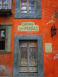 San Miguel de Allende, Mexico. I love this city. When I think of Mexico this is what I imagine :)