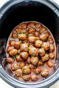 Tender, juicy Slow Cooker Honey Buffalo Meatballs simmered in the most tantalizing sweet heat sauce that everyone goes crazy for! Perfect appetizer or delicious, easy meal! I love Fall for one ma… Crock Pot Slow Cooker, Crock Pot Cooking, Slow Cooker Recipes, Beef Recipes, Cooking Recipes, Healthy Recipes, Crockpot Meals, Meatball Recipes, Easy Cooking