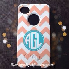 Monogrammed Otterbox Commuter phone cases make great Christmas gifts!