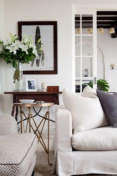 Cozy Living Room//