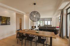 CLIC richtet Luxus Ferienwohnungen auf Rügen ein - Villa Philine Conference Room, Villa, Table, Projects, Furniture, Home Decor, Homes, Log Projects, Blue Prints