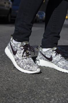 Nike roshe run woodland Camo. #mens #sneakers #fitness