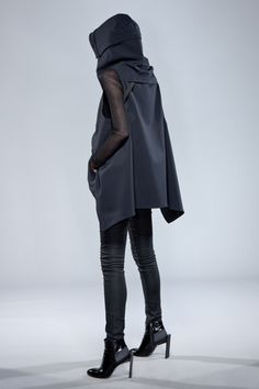 Ninjutsu inspo but lose the heels come on how do you move in those?