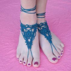Gleeful Things Goddess Sandals;  10 Free Crochet Patterns for Barefoot Sandals