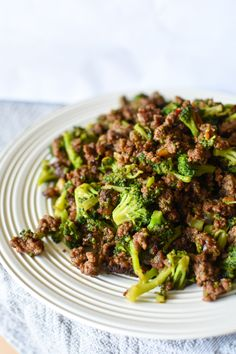 """This Super Simple Beef and Broccoli tempted me to name it """"Pantry Beef and Broccoli"""" because you probably have everything already on hand. It's not only ridiculously eas… Super Simple Beef and Broccoli - Super Simple Beef and Broccoli – Wholesome Joy Beef With Broccoli Recipe, Ground Beef And Broccoli, Broccoli Beef, Broccoli Recipes, Super Simple, Paleo Ground Beef, Whole30 Ground Beef Recipes, Clean Eating Snacks, Healthy Eating"""
