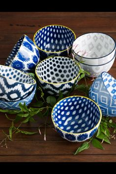 Today is my blue and white day!!! bowls for the cottage table!