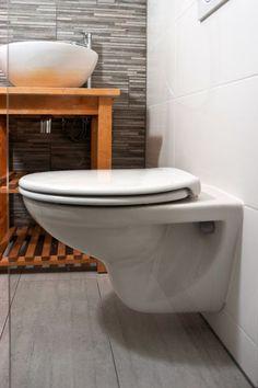 Toilet badkamer containerwoning gerealiseerd door Prefab Woning.