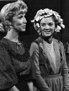 Still of Alison Arngrim (Nellie) and Charlotte Stewart Miss Beadle in Little House on the Prairie (1974)